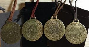 Money amulet - farmácia - criticas - ordem